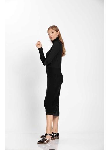 Vitrin Balıkçı Yaka Triko Elbise Siyah